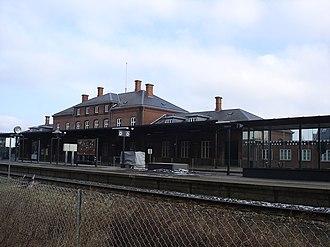 Hobro station - Platform facade of Hobro station