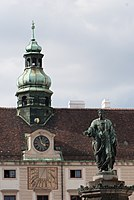 Hofberg statue (14501426962).jpg