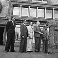 Hoge Veluwe Conferentie Nederlands Indië, van links naar rechts Soedawono, Soew, Bestanddeelnr 901-6534.jpg