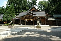 Honden shirayama hime shrine ishikawa.jpg