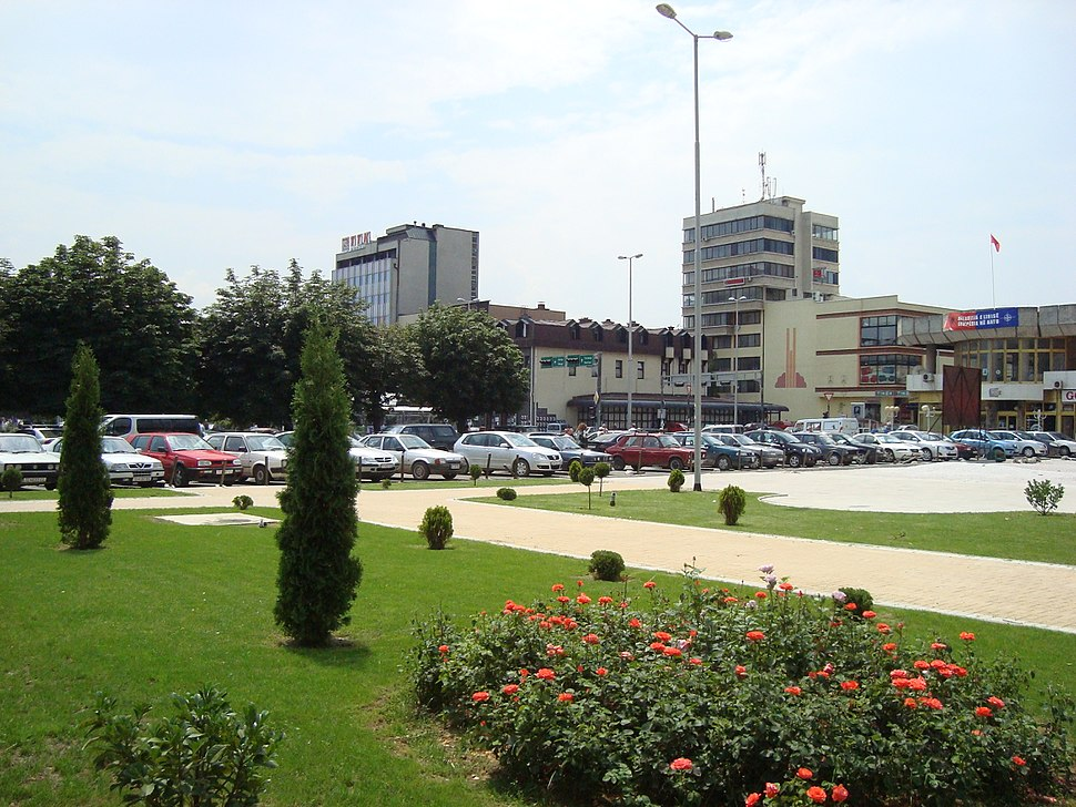 Hotel Macedonia and the square
