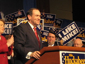 Mike Huckabee giving a speech following the So...