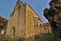 Iglesia parroquial de Silió - suroeste.jpg