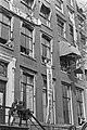 In Amsterdam zijn ongeveer dertig panden gekraakt o.a. pand bezet op Herengrach, Bestanddeelnr 923-4997.jpg