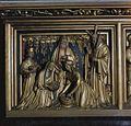 Interieur, paneel met Christelijke voorstelling van houtsnijwerk in het retabel achter het hoofdaltaar - 's-Gravenhage - 20380048 - RCE.jpg