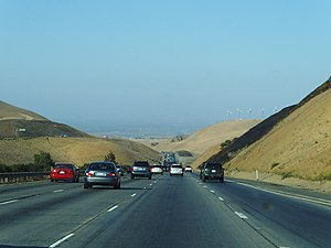Interstate 580 (California) - I-580 emerging in the Central Valley near Tracy