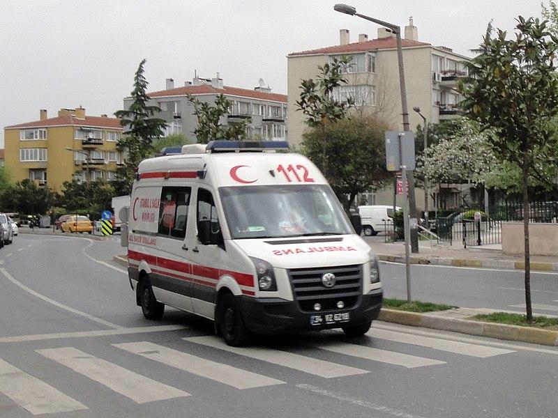 File:Istanbul Ambulance.jpg