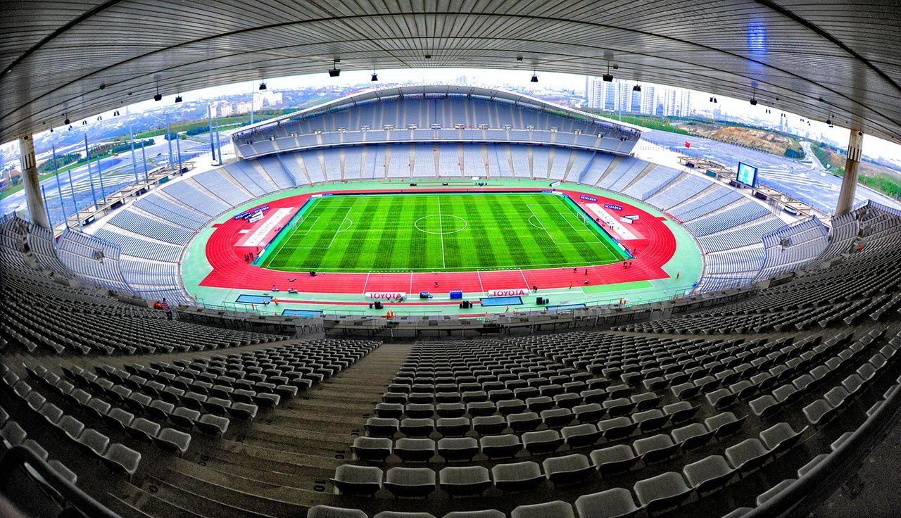 [Imagen: 1280px-Istanbul_Atat%C3%BCrk_Olympic_Stadium_1.jpg]