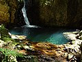 It was made natural. Clylear and mystic spring of the Mt. Sirataki 白滝山の天然の泉 - panoramio.jpg