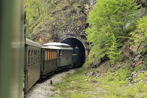 J25 881 Tunnel 47
