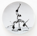 Jeff Koons launched the George Caddy (original photographer) plate at Bernardaud, New York, 12 December 2012 (6669788727).png