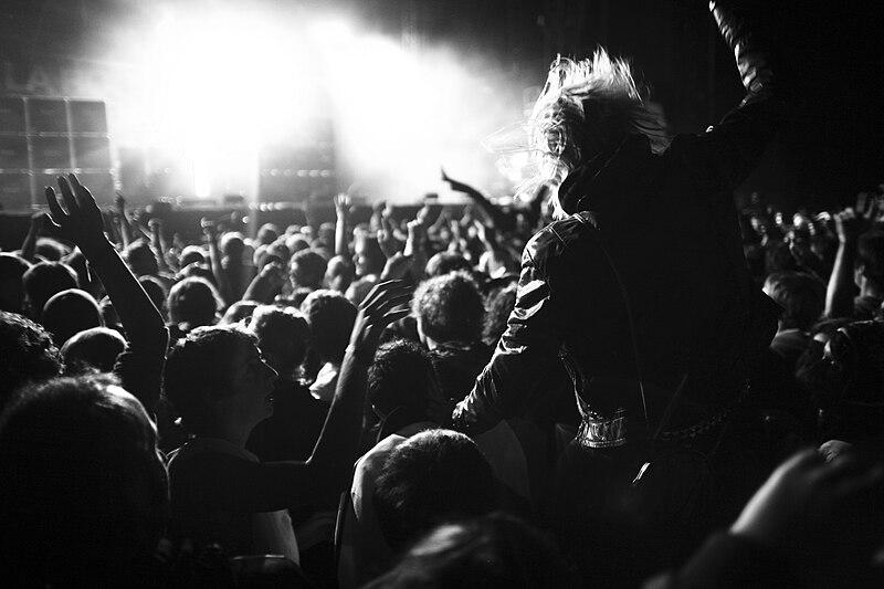 File:Justice in concert.jpg