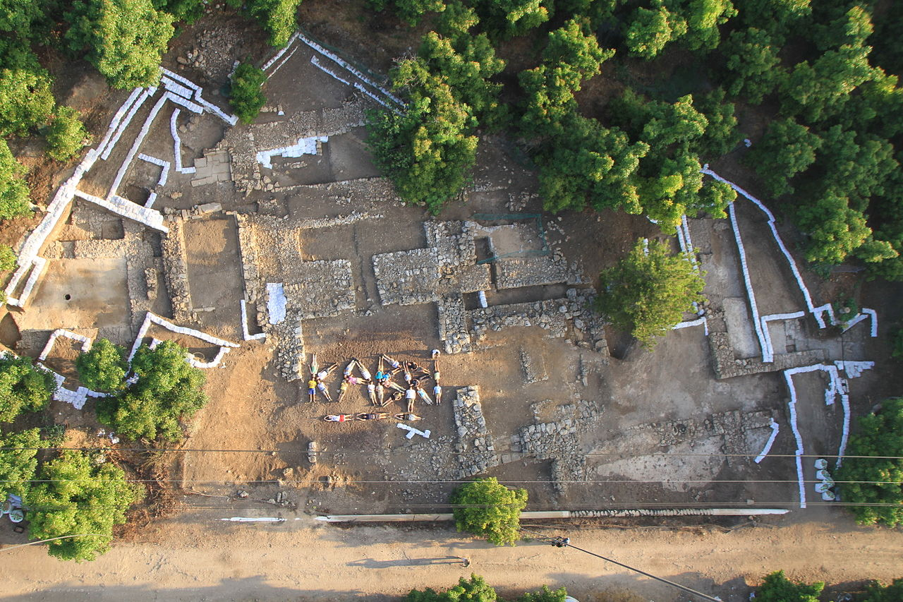 An aerial photograph of the palace of Tel Kabri