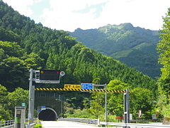 Kanpuzan tunnel-2.jpg