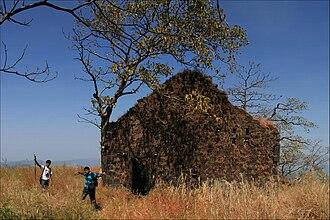 Karnala Fort - Image: Karnala fort 2