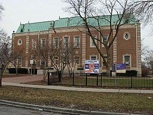 Kelvyn Park - Fieldhouse.