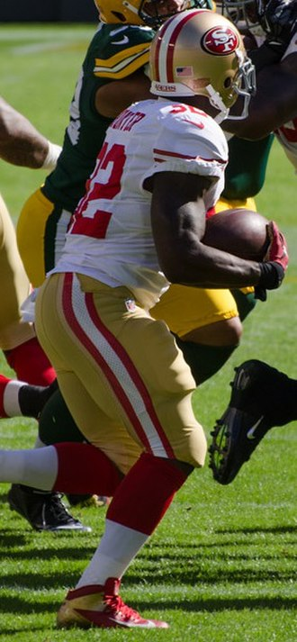 Kendall Hunter - Hunter runs the ball in 2012 against the Green Bay Packers.
