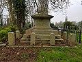Kensal Green Cemetery (40590465763).jpg