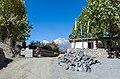Khingar village - Annapurna Circuit, Nepal - panoramio.jpg