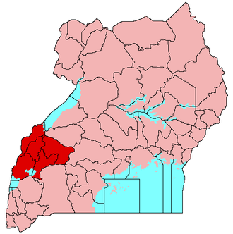 Tooro Kingdom - The original Kingdom of Tooro (red) and its districts. Lake Victoria and other bodies of water are shaded blue.