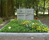 Konsalik Grab auf Melaten.jpg