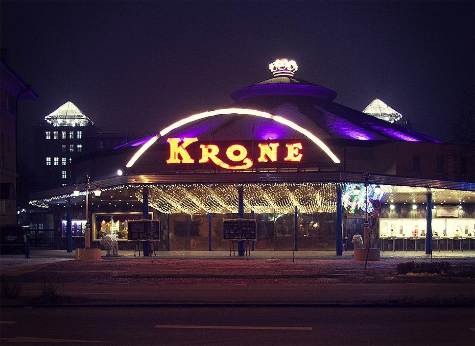Kronebau night