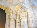 La Celle-Condé Église Saint-Denis Chapiteaux Portail.jpg