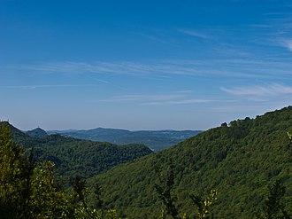 Franche-Comté - Image: La Petite Montagne vue du Molard de la Justice, Jura, France