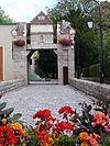 Lallaing - entrée du Château.JPG