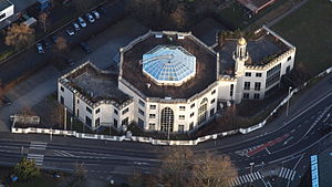 King Fahd Academy (Germany) - Aerial view of the school building, with a minaret on top
