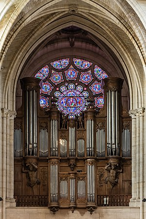 Laon Cathedral Organ 01.JPG