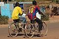 Les cyclistes à Ouagadougou.jpg