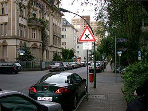 Westend (Frankfurt am Main) - One-way street in the Westend
