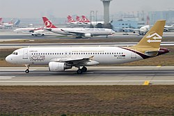 Libyan Airlines, 5A-LAQ, Airbus A320-214 (39243850794).jpg