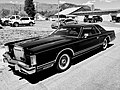 Lincoln Continental (36791880686).jpg