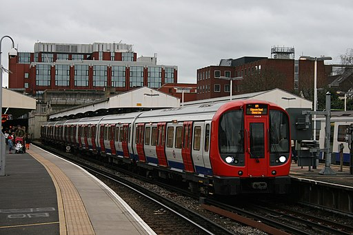 London Underground S7 Stock 21360 on District Line, Wimbledon (16081398792)