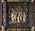 Lorenzo ghiberti e aiuti, porta nord del battistero di firenze, cornici, 14 cattura di cristo.JPG