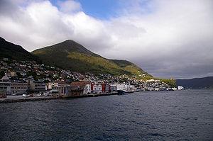 Vågsøy - View of the town of Måløy