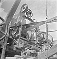 Machine om stenen te breken en te sorteren, Bestanddeelnr 254-4043.jpg