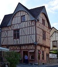 Maison des Trois Pignons a Provins format jpg DSC 0386.jpg