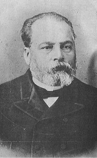 https://upload.wikimedia.org/wikipedia/commons/thumb/4/4e/MarcosNJuarez.jpg/200px-MarcosNJuarez.jpg