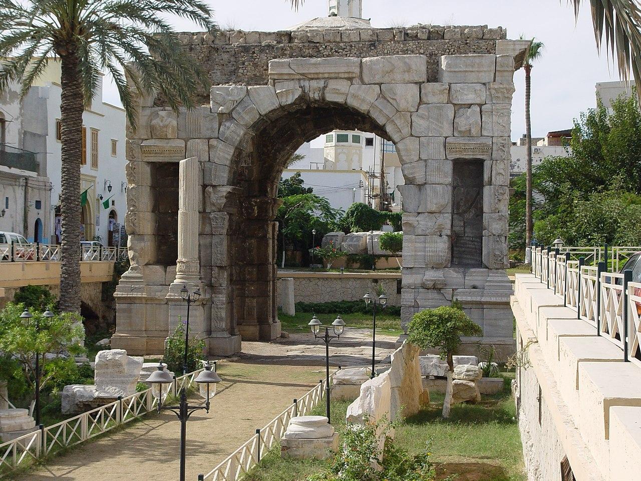 Bon Mercredi 1280px-Marcus_Aurelius_Arch_Tripoli_Libya