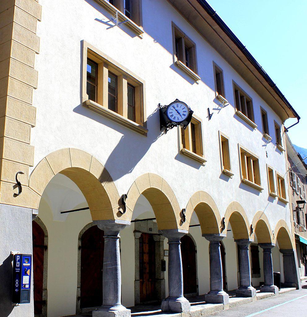 Datei:Martigny, ville romaine et moderne, Bourg de Martigny ...
