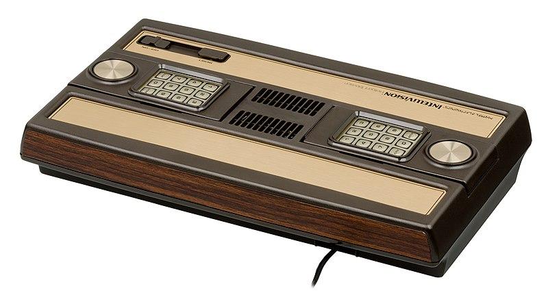 800px Mattel Intellivision Console BR