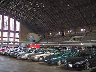 Minneapolis Armory - The interior of the Minneapolis Armory in 2006, during its incarnation as a parking structure