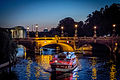 Moltkebrücke mit Schiff (22063873472).jpg