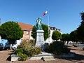 Monuments aux morts Aire-sur-la-Lys Jehan d'Aire.jpg