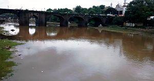 Mutha River - Image: Mutha River near PMC