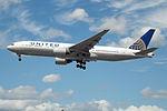N798UA Boeing 777 United (16416416070).jpg