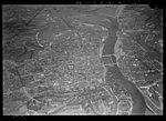 NIMH - 2011 - 0327 - Aerial photograph of Maastricht, The Netherlands - 1920 - 1940.jpg